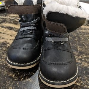 Toddler faux fur boots